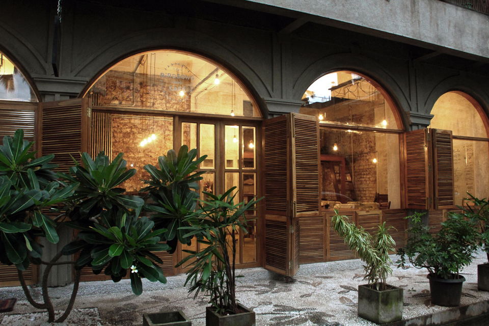 9 Cafes and Spots in Mumbai ideal for a writer