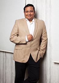 Naveen Valsakumar